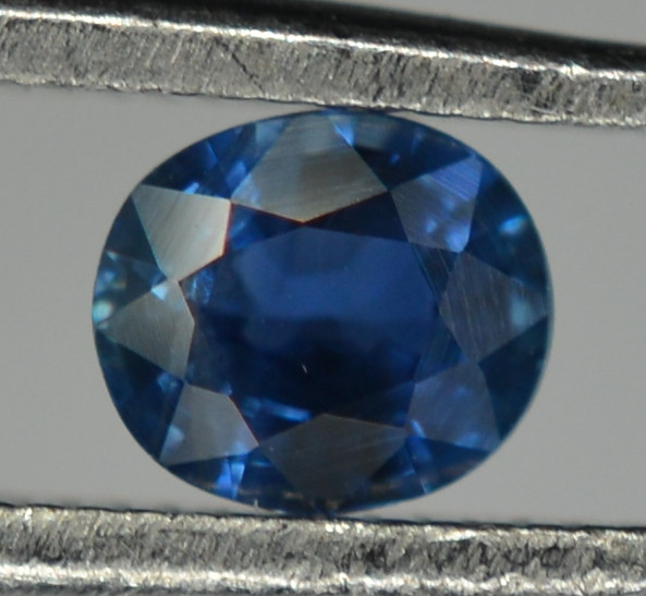 0.45 Cts Blue Sapphire Oval Shape From Africa ( Heated )