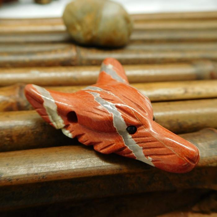 Natural gemstone red river jasper carved wolf head pendant (G0233)