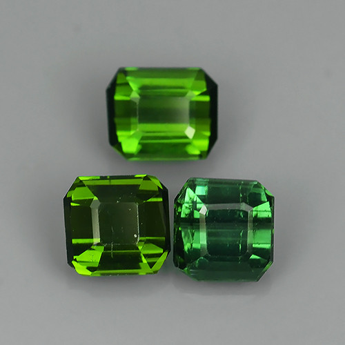 2.30 CTS AMAZING NATURAL RARE LUSTROUS GREEN TOURMALINE EXCELLENT!