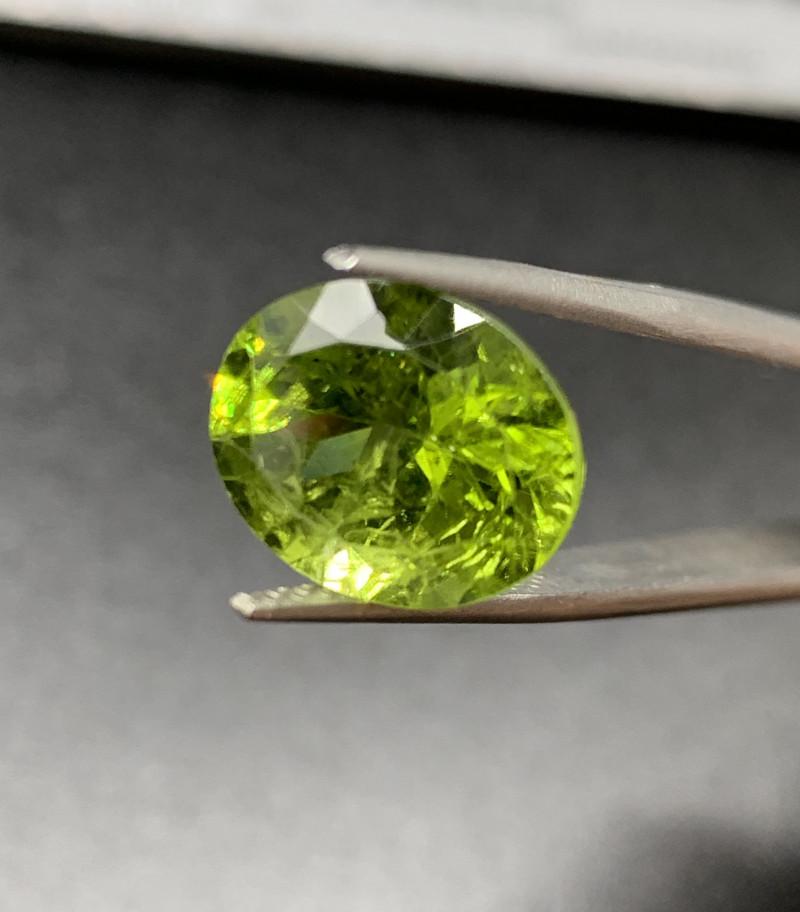 Peridot Loose Gemstone - 6.82 carats Cut Oval IPGTL Certificated