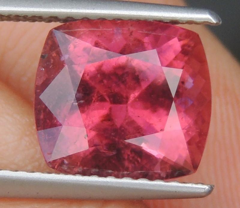 3.11cts, Nigerian Rubelite