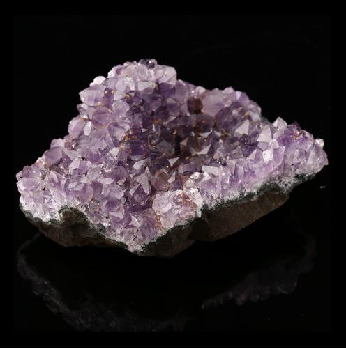 Amethyst Gemstone Specimen 75x60x40mm H5691