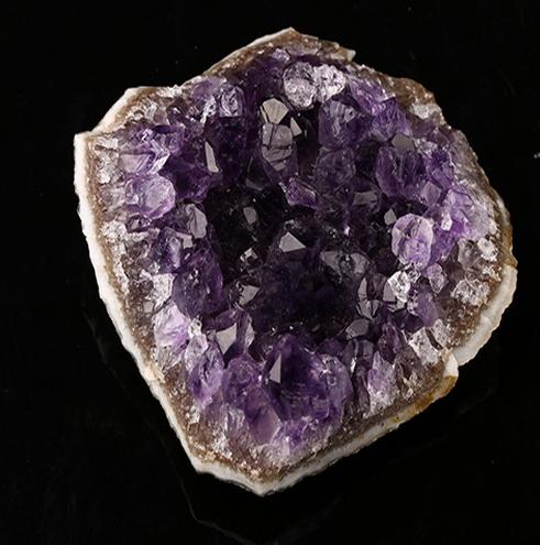 Amethyst Gemstone Specimen 70x74x28mm H5690
