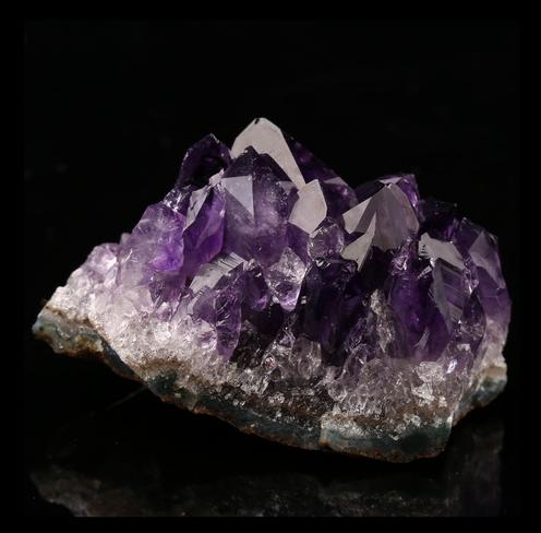 Amethyst Gemstone Specimen 49x28x32mm H5694