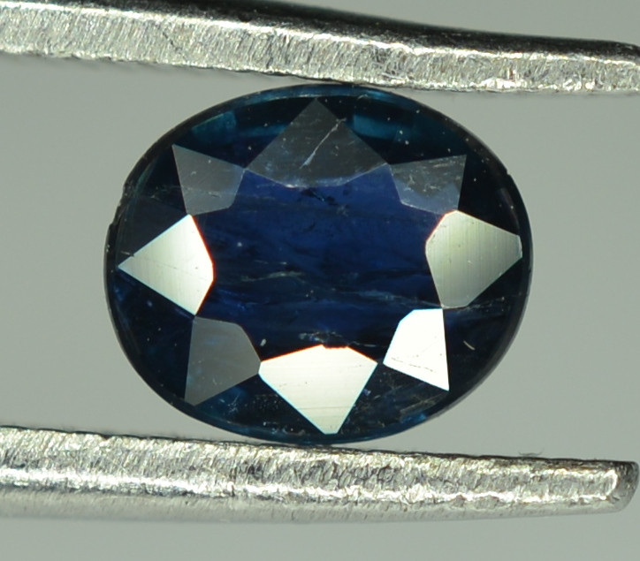 0.60 Cts Blue Sapphire Oval Shape From Africa ( Heated )