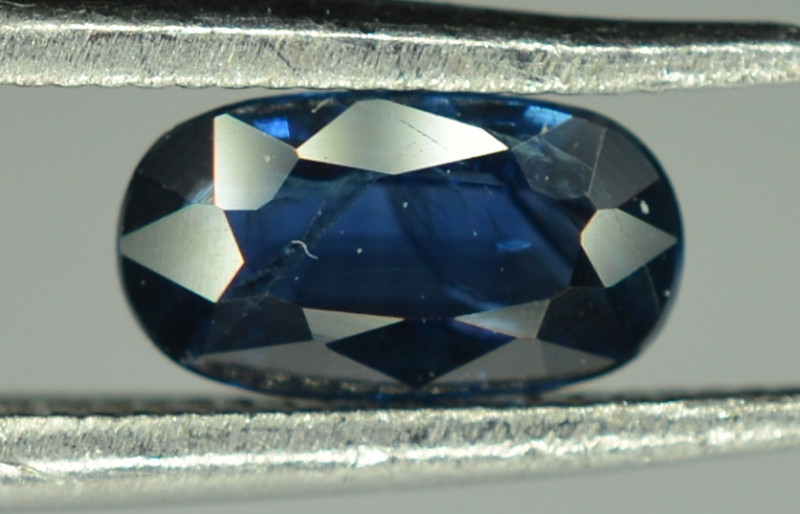 0.65 Cts Blue Sapphire Oval Shape From Africa ( Heated )