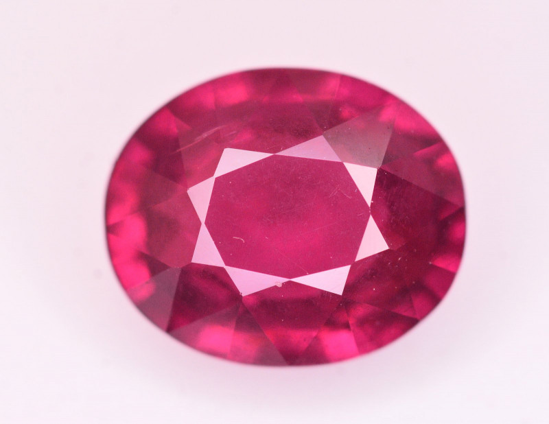 Top Quality 3.40 Ct Natural Grape Garnet From Mozambique