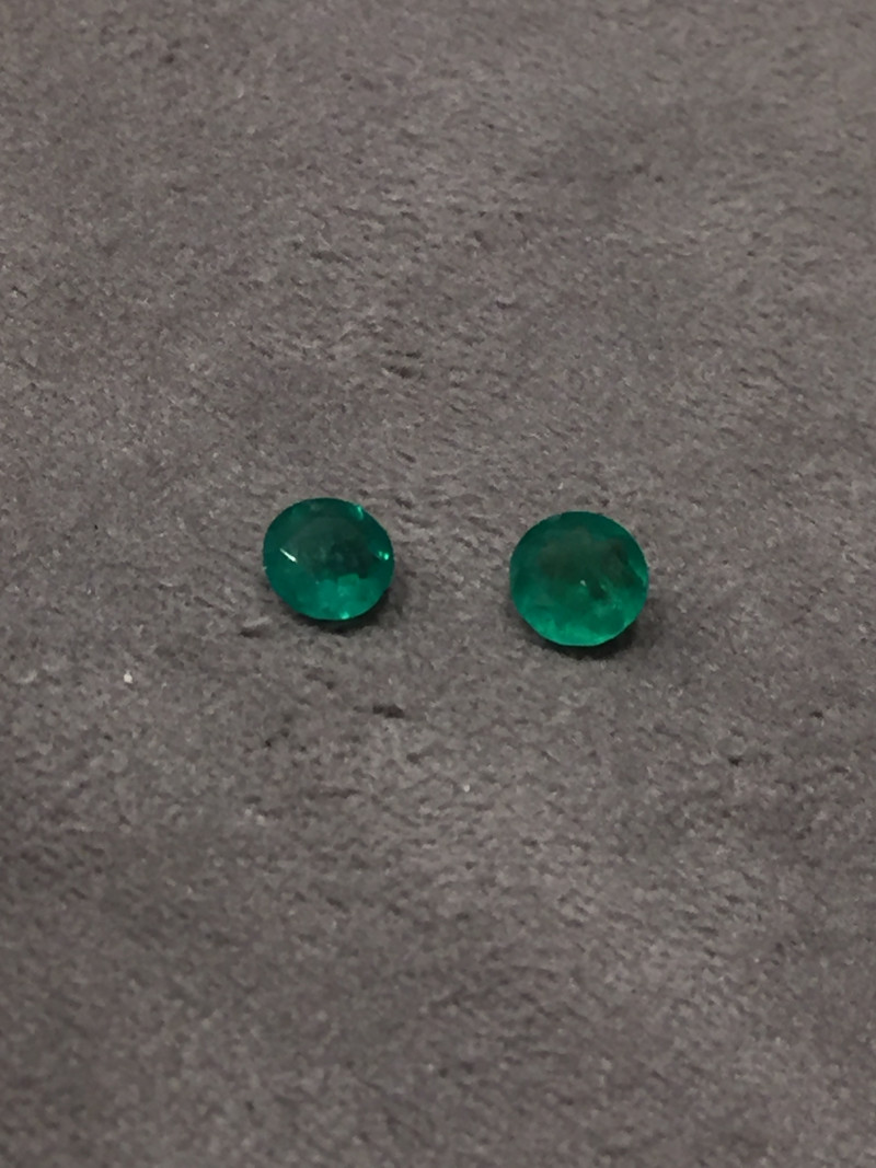 2,15ct Pair of Colombian Emeralds ref 21/21 Colombian Emerald Colombian Eme
