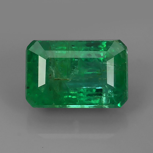 3.20 CTS STUNNING SUPER NICE COLOUR 100% NATURAL EMERALD ZAMBIA