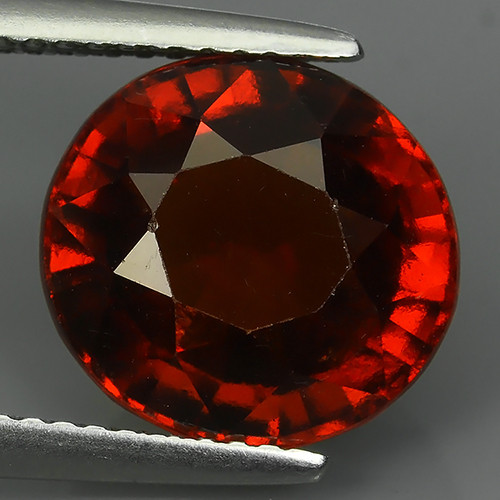 7.05 Cts WOW NATURAL UNHEATED RED OVAL HESSONITE GARNET