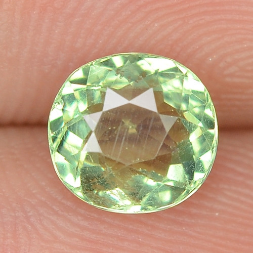 1.12 CTS UNHEATED GREEN COLOR  NATURAL  APATITE LOOSE GEMSTONE