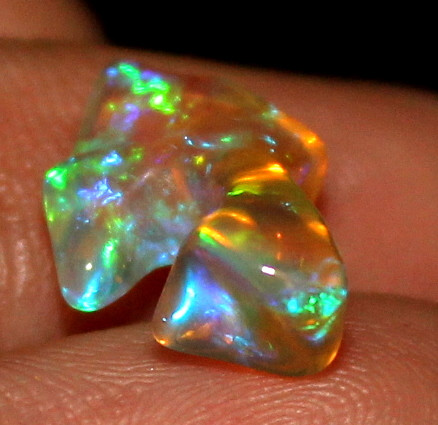 2.5 Crt Natural Ethiopian FreeForm Welo Fire Opal Carvin 654