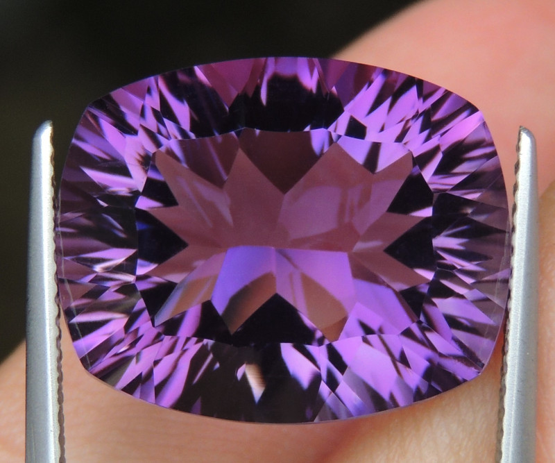 15.47cts, Amethyst,  Top Cut, Clean, Untreated,