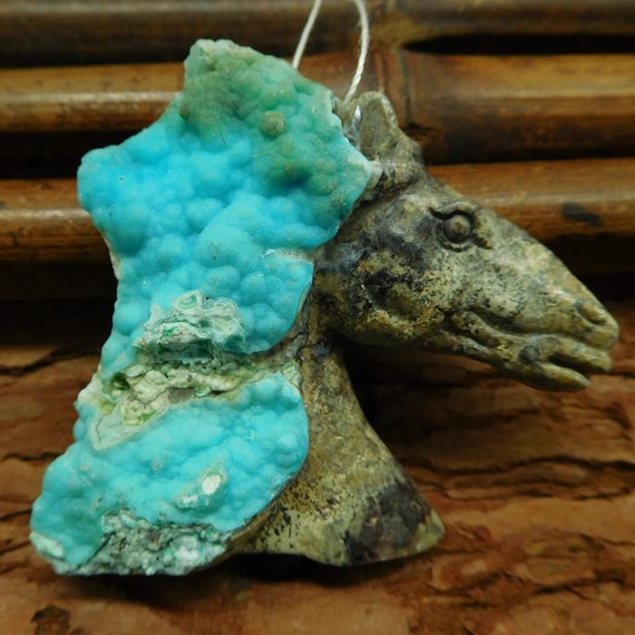 Gemstone hemimorphite spicemen carved horse head pendant (G0320)