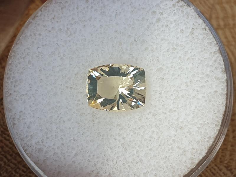 1,78ct Fire Opal - Master cut!