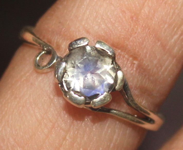 Natural Amethyst Silver Ring Size (6 1/4) 0240
