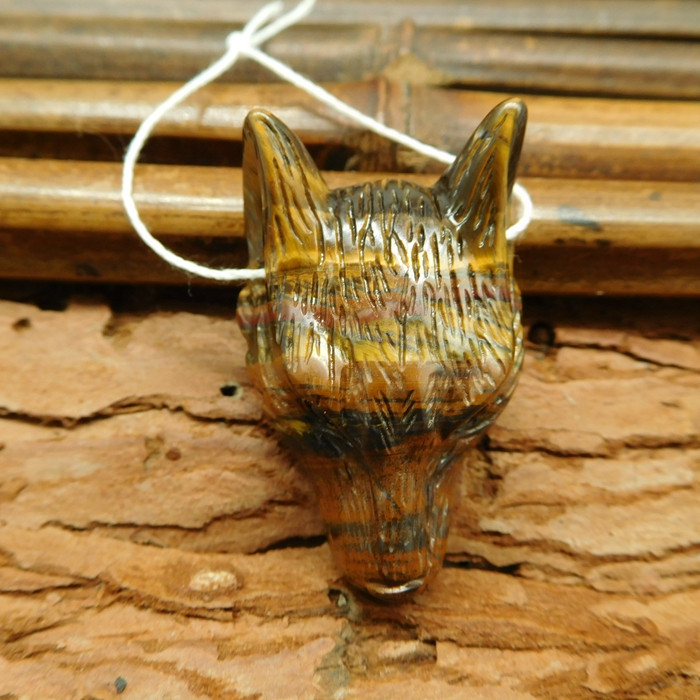 Tiger eye carved wolf head pendant bead (G0352)