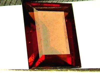 GARNET FACETED STONE 1.85 CTS FN 4346 (PG-GR)