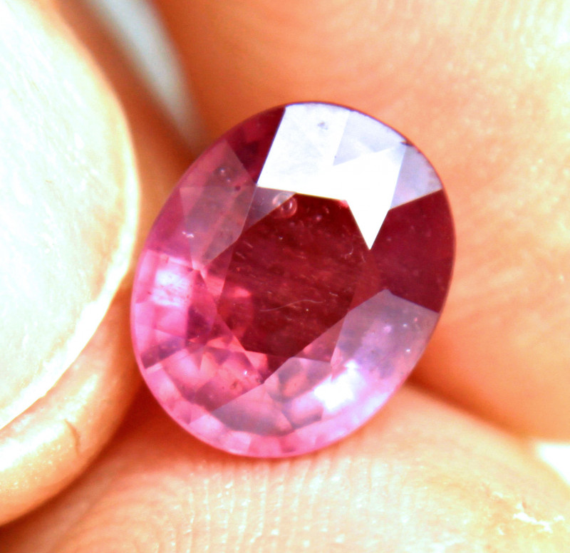 4.32 Carat Fiery Ruby - Gorgeous