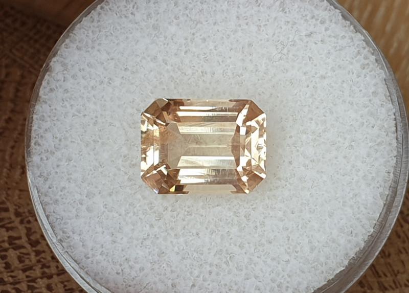 4,88ct Sunstone - Glowing stone!