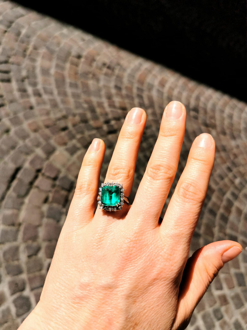 5,91ct Natural Colombian Emerald 18k Solid Gold Ring  Colombian Natural Eme