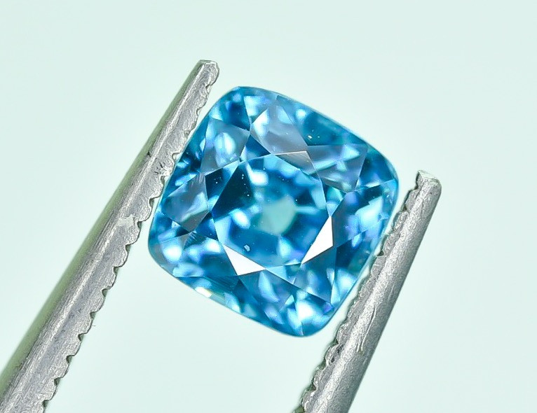 1.90 Crt Natural Zircon Cambodia Top luster Faceted Gemstone.