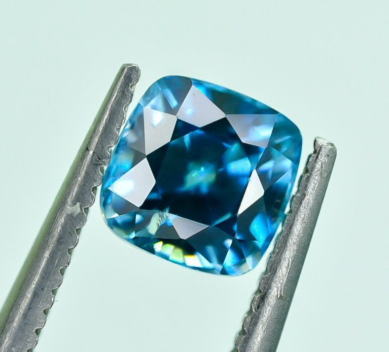 1.25 Crt Natural Zircon Cambodia Top luster Faceted Gemstone.