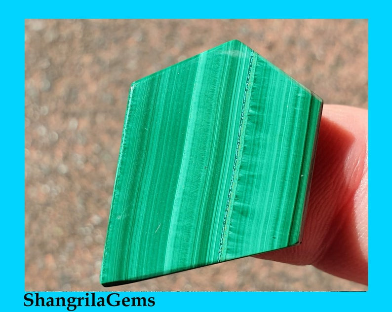 28mm Malachite Slice cabochon 28 by 22 by 2.5mm free form irregular pentago