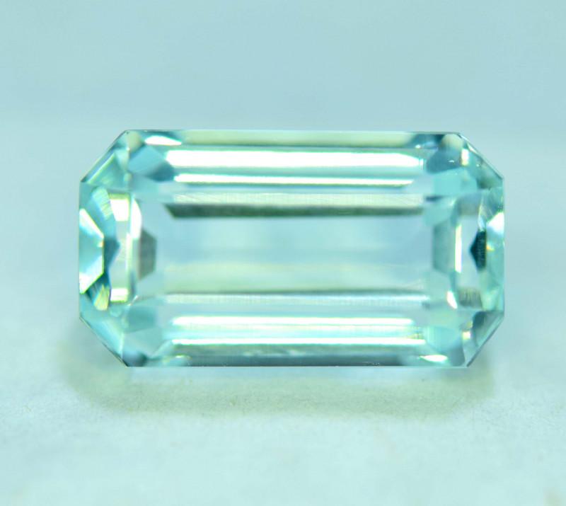 10.30 Carats Natural Untreated Aquamarine Gemstone From Pakistan