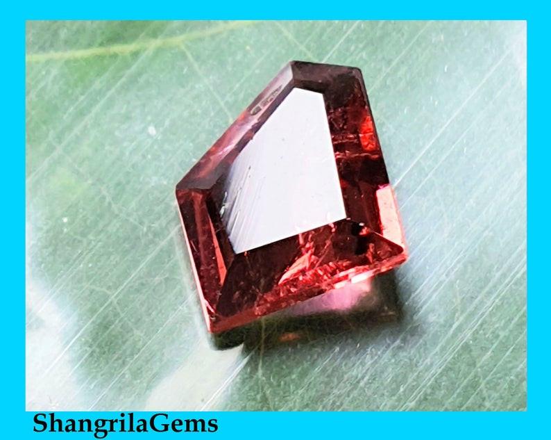 9.3mm Pink Tourmaline irregular free form cut rubellite 1.38ct 9.3 by 7.8 b