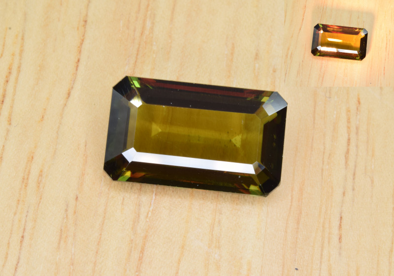 Natural Color Changing Chrome Sphene 6.38 Cts from Skardu, Pakistan