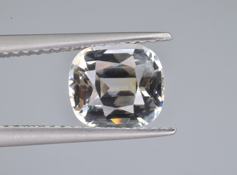 Natural Sapphire 2.66 Cts from Sri Lanka, GIA Certified