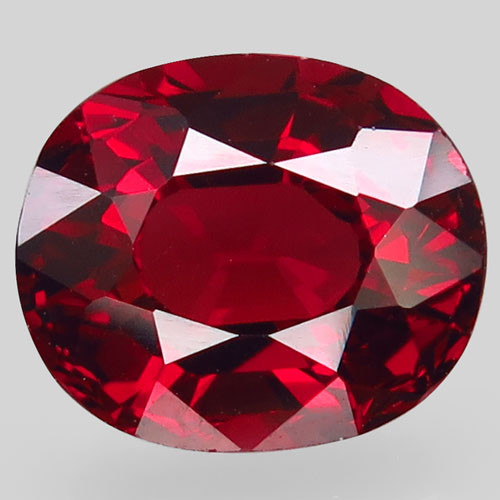 4.17Ct. Natural Top Red Rhodolite Garnet Africa Oval Facet Attractive Unhea