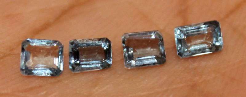 0.85 Crt Untreated Natural Aquamarine Loose Gemstone 5