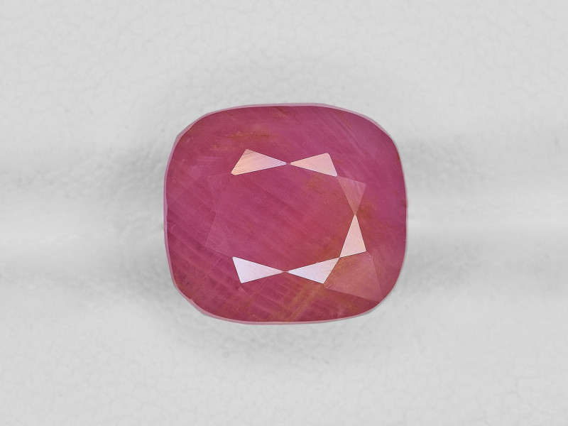 Ruby, 10.69ct - Mined in Guinea | Certified by IGI