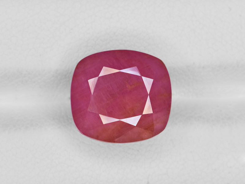 Ruby, 12.49ct - Mined in Guinea | Certified by IGI