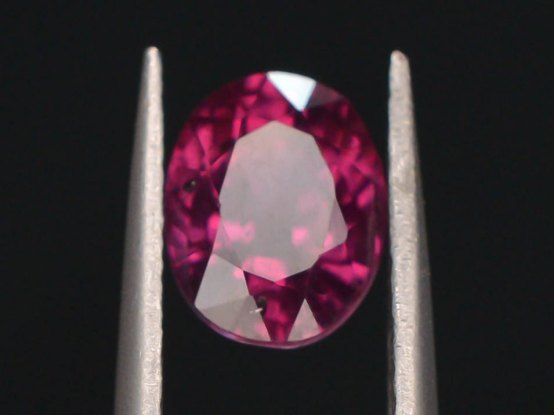 Rare 1.40 ct Grape Garnet one of a Kind Fire Mozambique