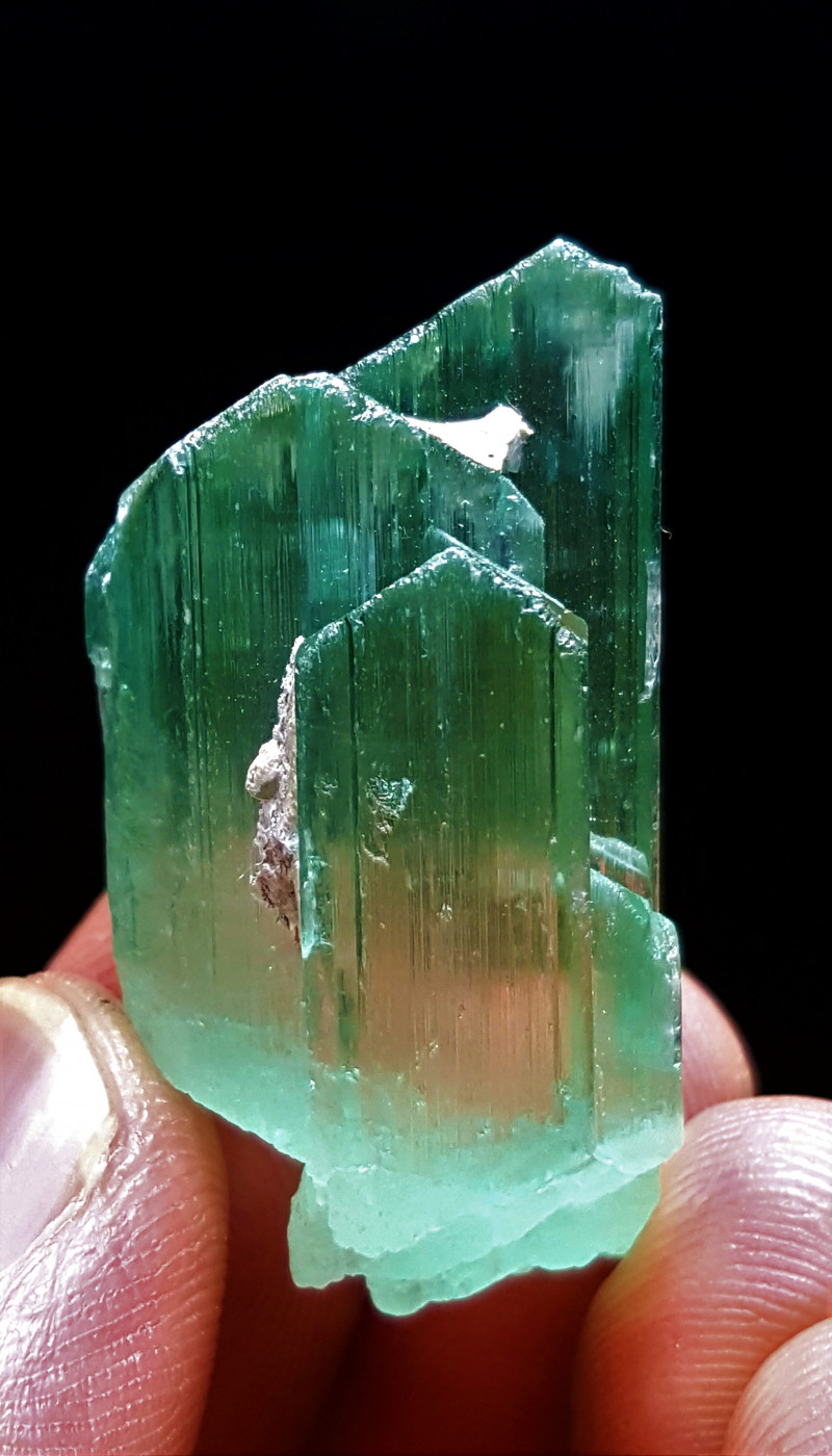 Lovely and cute faceted grade damage free Hiddenite Crystal 85.7Cts-Afghan