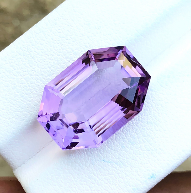 13.15 Ct Natural Purple Transparent Amethyst Gemstone
