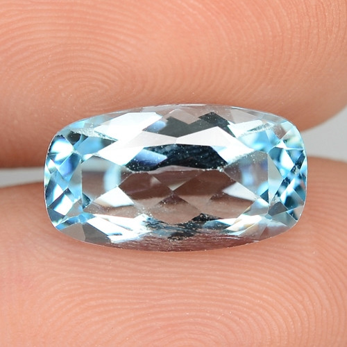 4.65 CTS FANCY SWISS BLUE COLOR TOPAZ NATURAL GEMSTONE