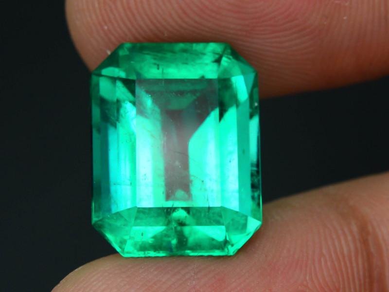 GRS Certified AAA Grade & Clarity 9.48 ct Colombian Emerald