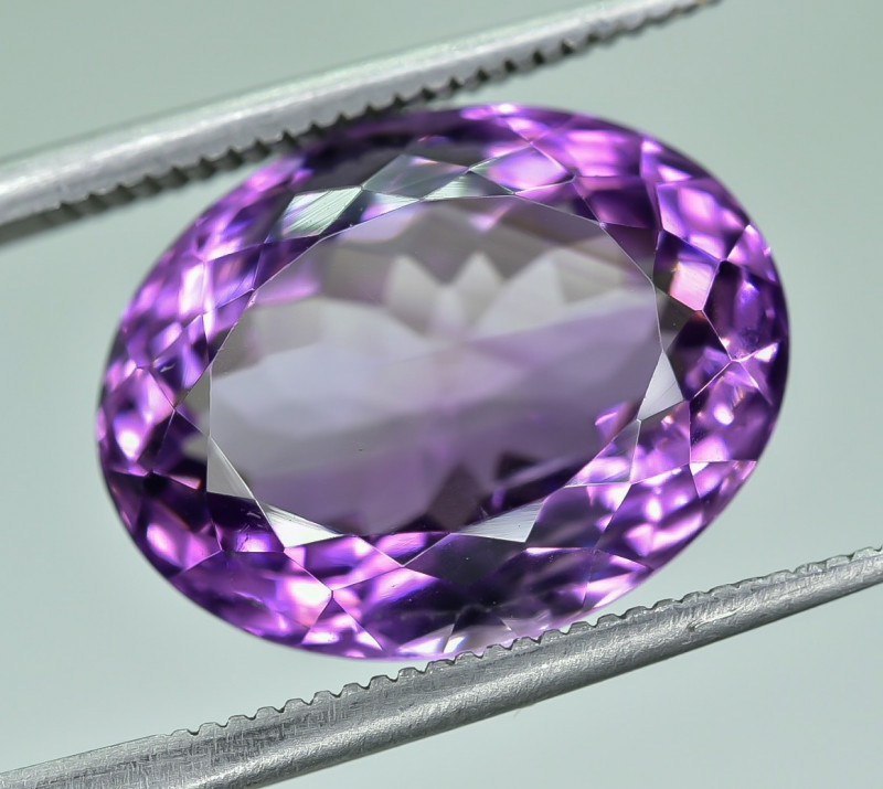 10.26 Crt Natural Amethyst Faceted Gemstone.( AG 63)