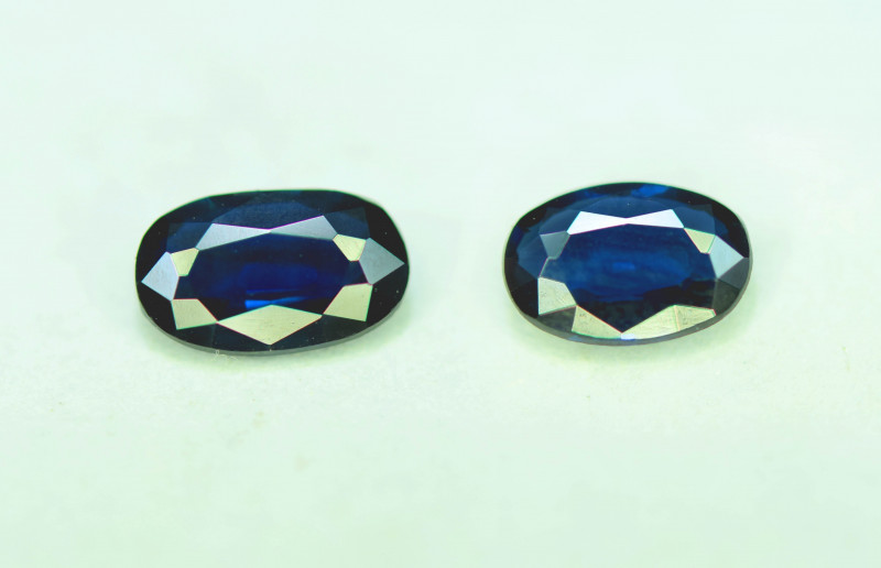 1.45 CT Royal Blue Color Parti Sapphire Gemstone Pair