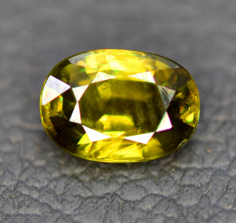 1.20 CT Natural Full Fire Sphene Titanite Gemstone