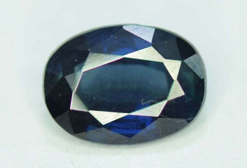 1.25 CT Top Quality Oval Cut Parti Sapphire Gemstone