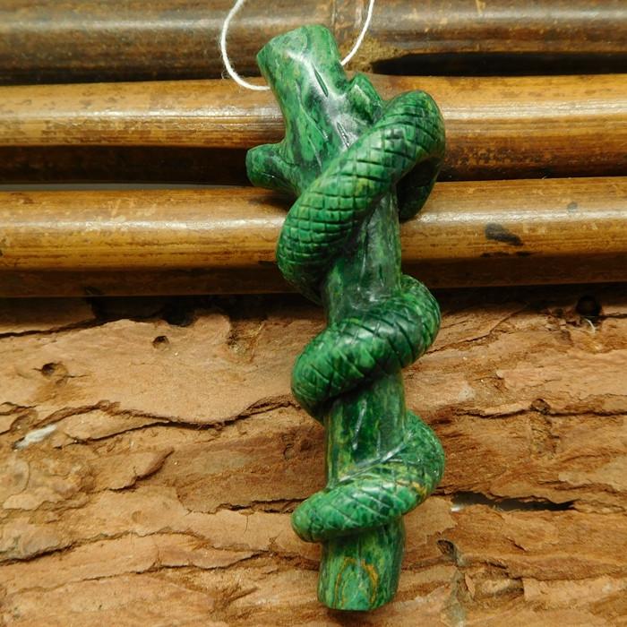 African jade carved snake pendant bead (G0701)