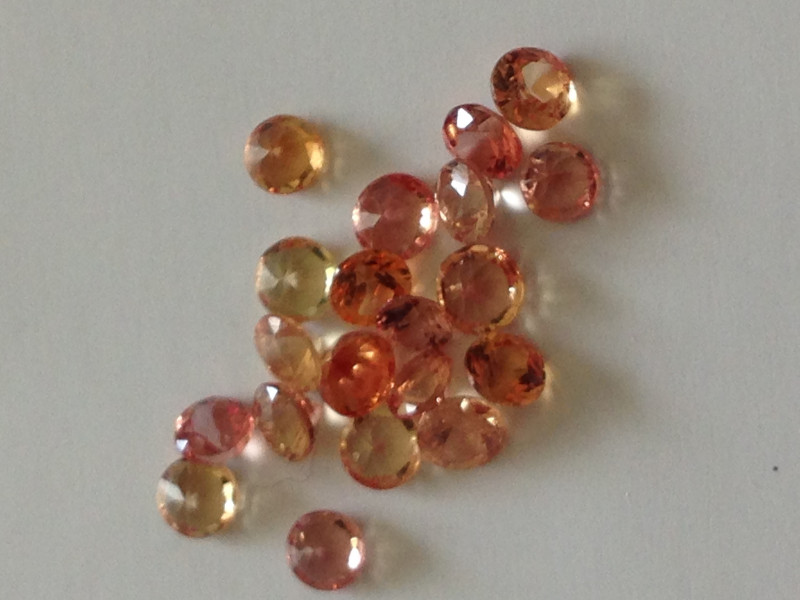 Parcel Padparadscha Sapphires 1.36 TCW