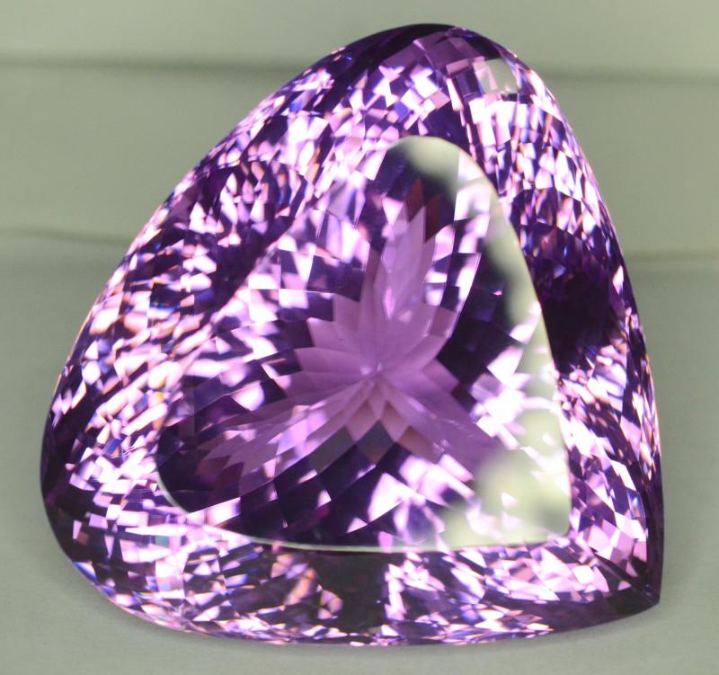 636 Cts ~ Museum Grade Purple Pink Kunzite Gemstone