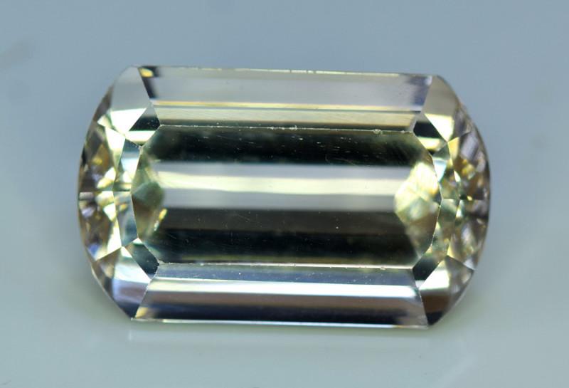 Topaz,  29.65 Carats Top Quality Beautiful Cut Sherry Topaz Gemstone