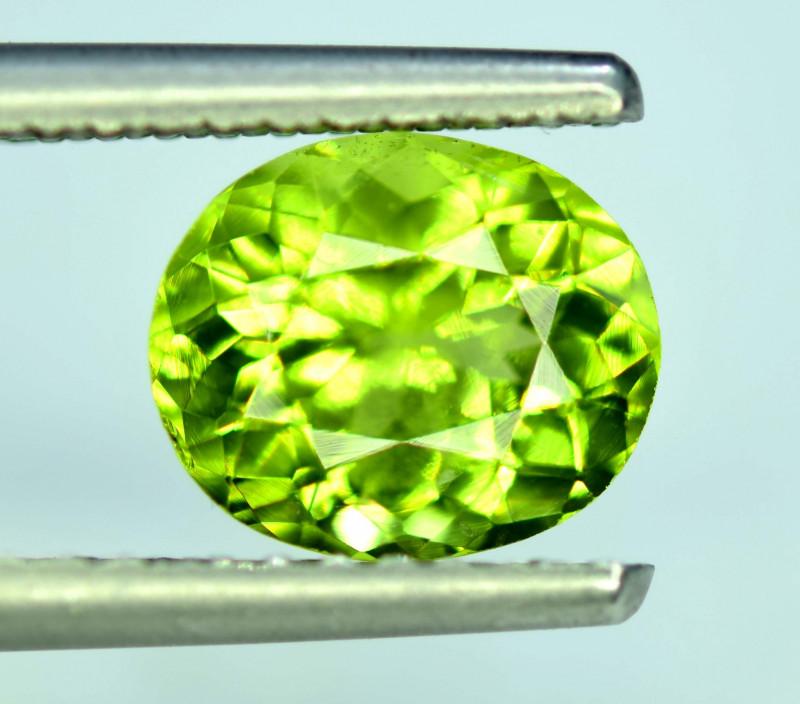 2.40 Carats Natural Olivine Green Natural Peridot Gemstone